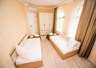 3 bedroom apart