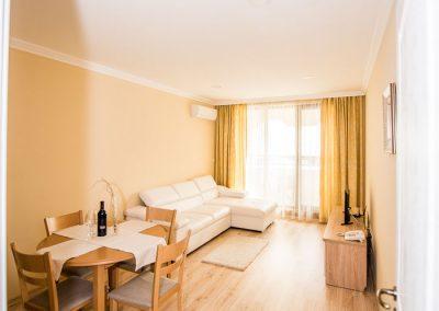 27  - 2 bedroom apart